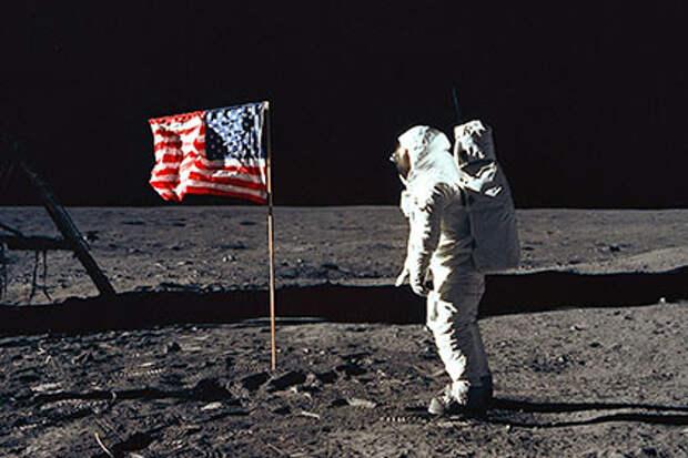 США собрались вернуться на Луну