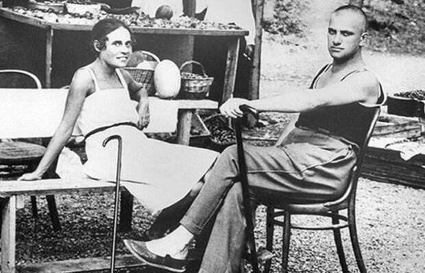 Лиля Брик: за что в 1937 году хотели расстрелять жену Маяковского