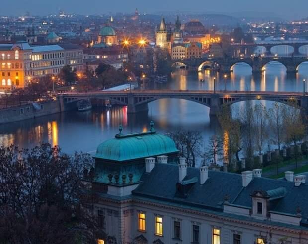 Премьер и глава Минюста Чехии настаивают на единственной версии инцидента во Врбетице