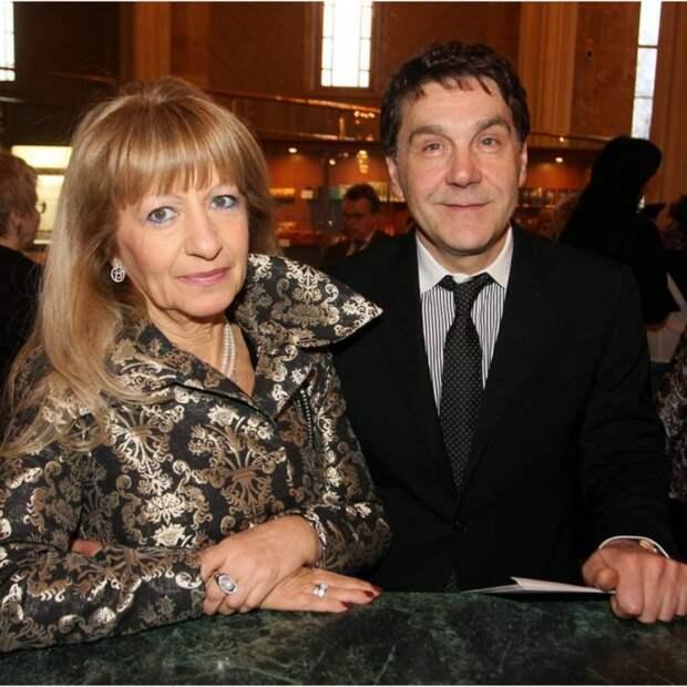 Как выглядит жена-красавица Сергея Маковецкого. Ему-62, а ей-80