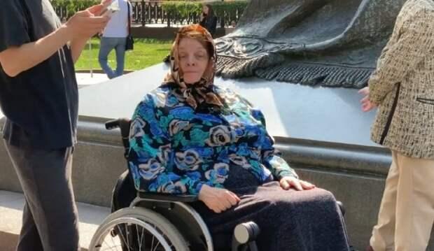 «Бабушка легкого оппозиционного поведения» снова в деле