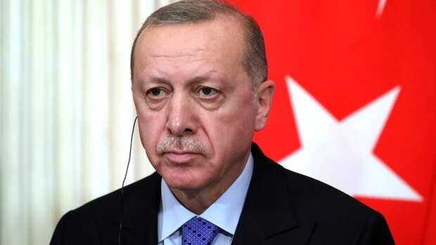 Эрдоган пошёл в атаку после провокации с Крымом и выдвинул России обвинение
