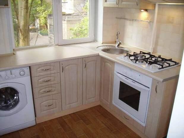 Дизайн кухни с подоконником-столешницей: лучшие материалы и идеи для обустройства (28 фото)