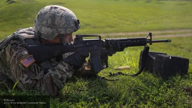 Суслов назвал причину нежелания США переводить войска из ФРГ в Польшу
