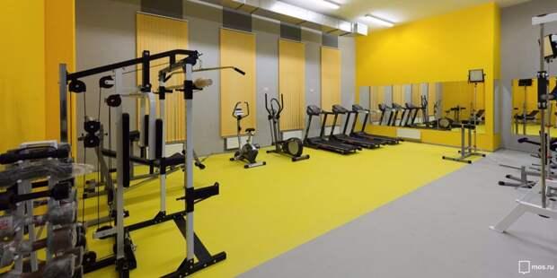 В центре досуга «Шире круг» открыли набор на бесплатные занятия в тренажёрном зале