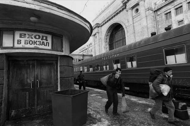 Разруха, безнадёга и запустение. Ельцинская Россия 1995 года в объективе Вальтера Шмитца