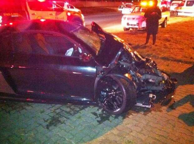 Жуткая авария Audi R8 GT и Range Rover Evoque