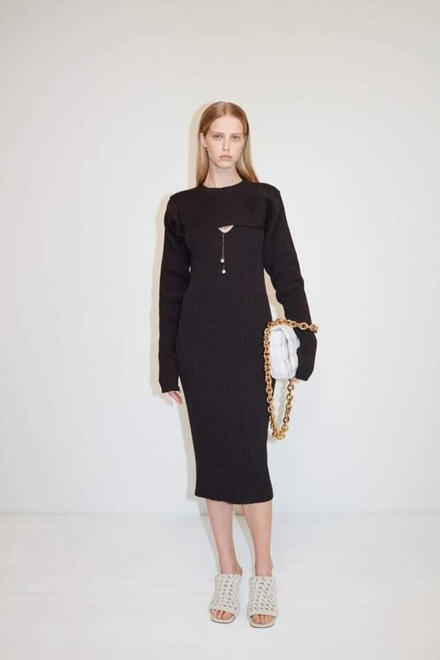 Эта странная мода: обувь от итальянского бренда или лапша «Доширак»