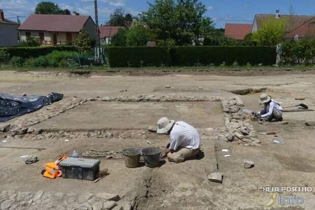 Обнаружен свинцовый саркофаг возрастом 1,5 тыс. лет (фото, видео)