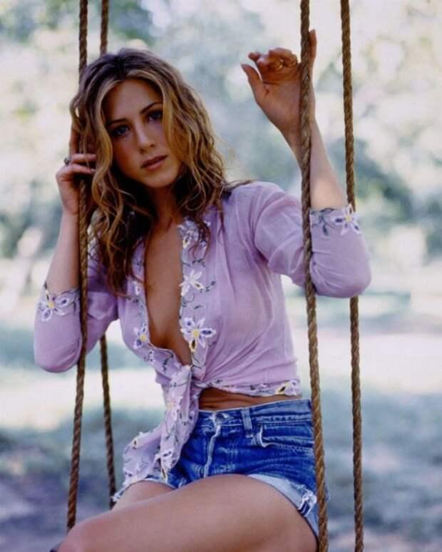 Актриса Дженнифер Энистон в фотосессии 1998 года