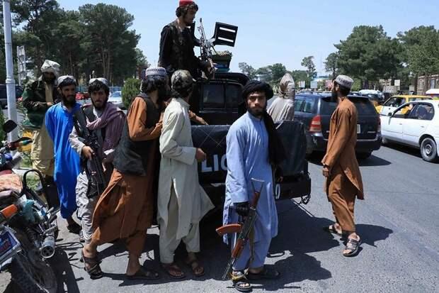 Новые власти Афганистана просят Россию помочь в снятии санкций