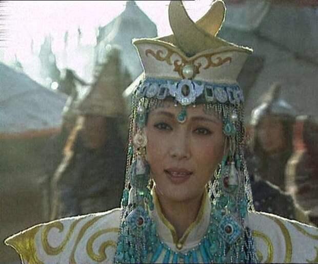 Кадр из фильма Чингисхан. С сайта kino-teatr.ru