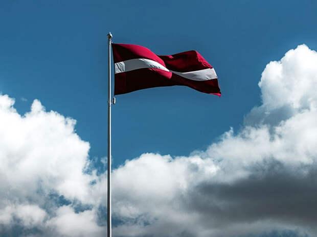 Латвия похоронила транзитную отрасль