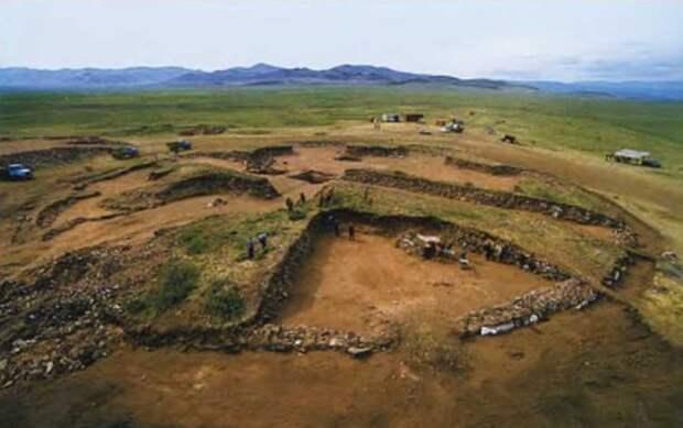 Раскопки кургана Аржаан-2