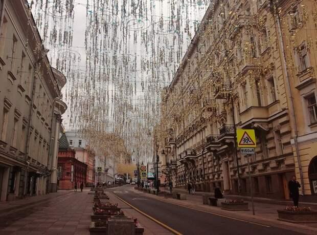 В Москве отменили ношение перчаток, небольшое послабление сделали и приезжающим из-за границы