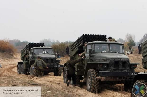 Киев разместил войска возле жилых районов Донбасса