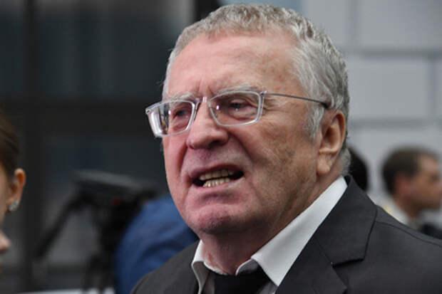 Жириновский просит отменить двойки