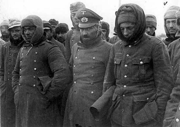 Почему Гитлер не смог предотвратить окружение своей армии в Сталинграде