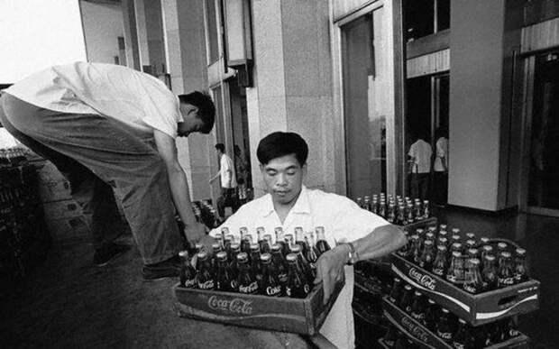 Кока-кола в обмен на «Ладу», или 10 интересных фактов о напитке, покорившем мир