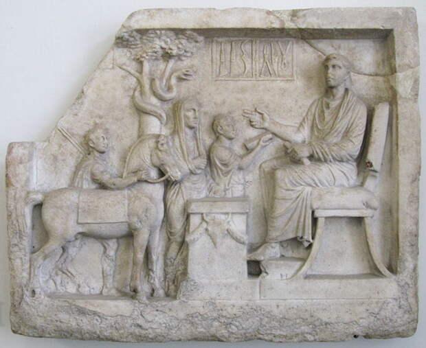 Врач и его инструменты. Греческий рельеф второй половины I века до н.э. – середины I века н.э. Пергамский музей, Берлин - Исцеляющие руки | Warspot.ru