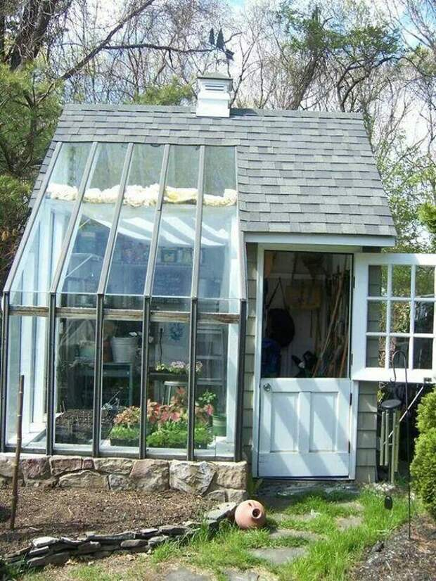 Садовый сарай с теплицей