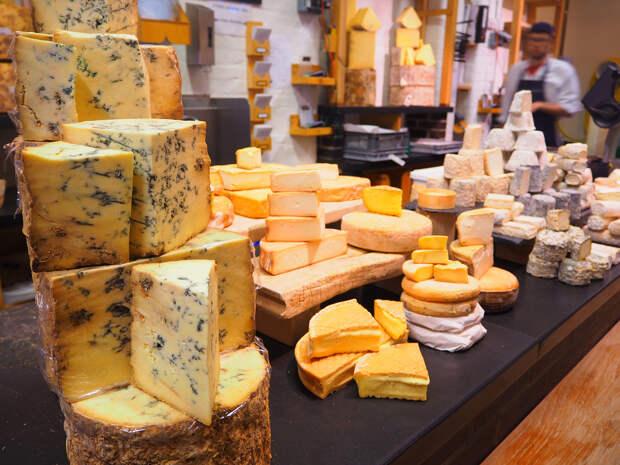 Дорогой фермерский Российский сыр делают из Китайского сухого молока
