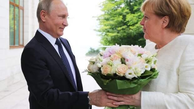 """У Меркель призвали немецкий бизнес готовиться к санкциям США из-за """"Северного потока-2"""""""