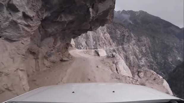 Самые опасные дороги мира для самых крутых водителей