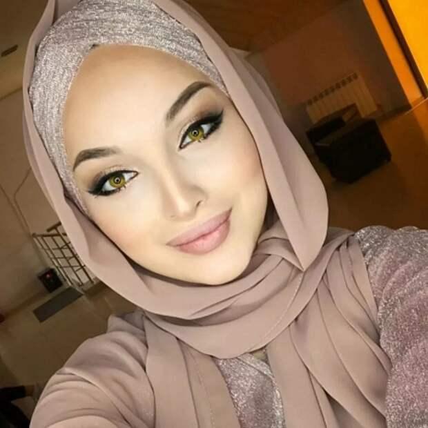 Как выглядят арабские женщины дома без паранджи и хиджаба