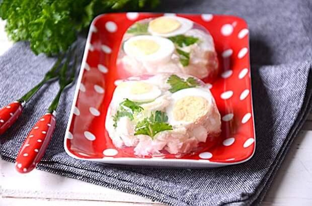 Как приготовить заливную рыбу — рецепт с пошаговыми фото