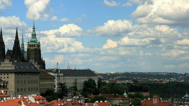 Чехи хотят вернуть площадь посольства РФ в Праге к состоянию июля 1968 года