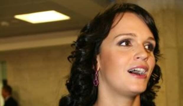 «Вчера так нажрались»: Певица Слава похвасталась переломом после пьянки