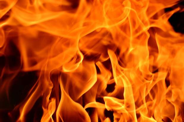 Один человек спасся и двое погибли при пожаре в Малой Пурге