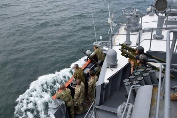 «Надувной» военный флот Украины