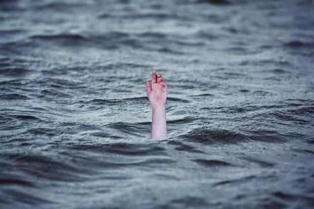 Российский генетик спас двоих детей, но сам утонул