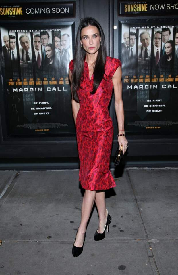 demi moore red dress