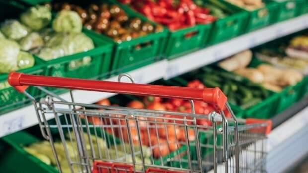 «Время урожая»: как снижение мировых цен на продовольствие может отразиться на стоимости продуктов в России.