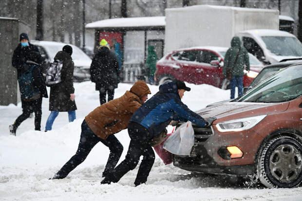 Аномальная метель в Москве: как это было