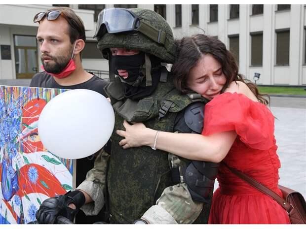 Запад колется на Белоруссии и не пугает Лукашенко