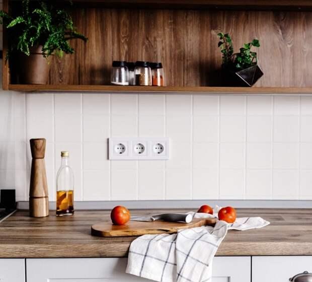 Оливковое масло может испортиться из-за постоянного контакта с плитой. / Фото: Superdraft.com.au