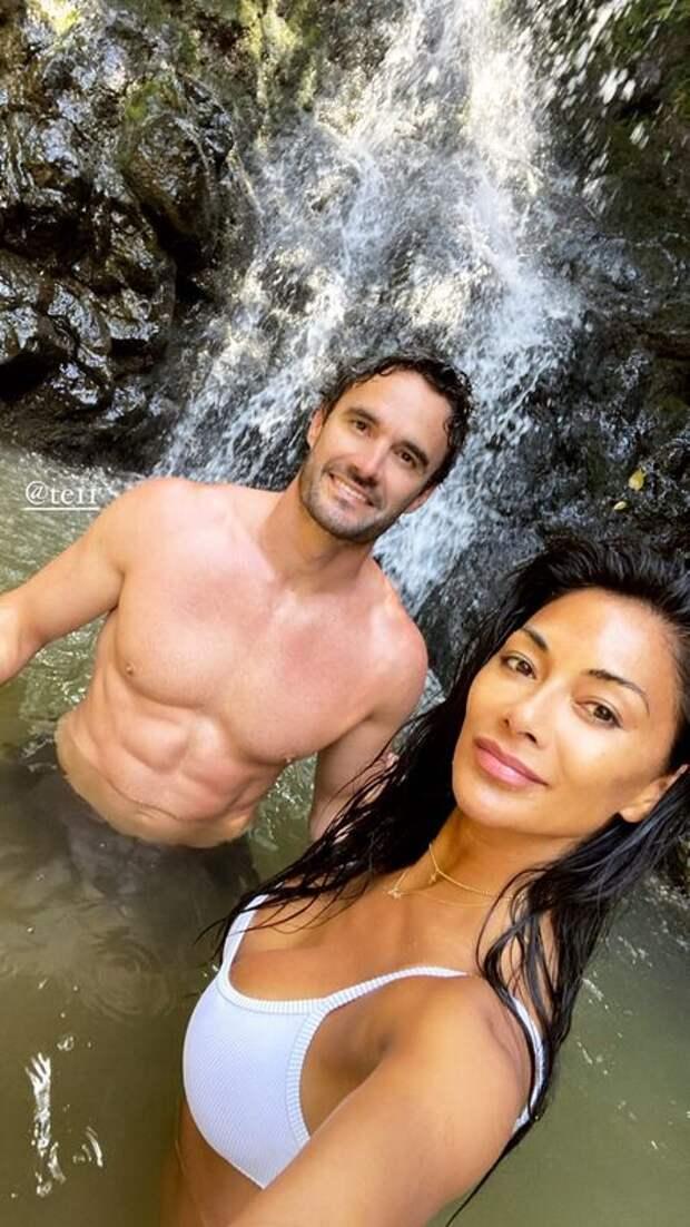 Николь Шерзингер и Том Эванс отдыхают на Гавайях: новые фото пары