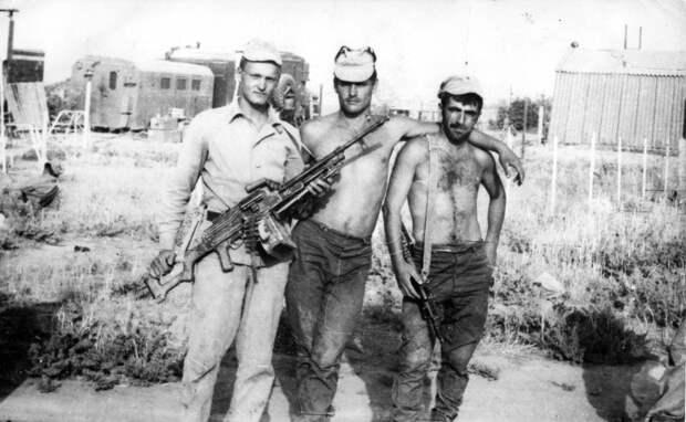 Подборка фотографий советских солдат времён войны в Афганистане