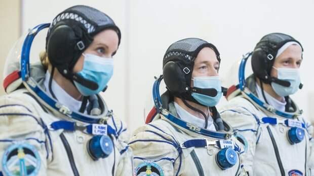Члены экипажа МКС успешно вернулись на Землю