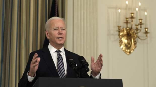 Американский сенатор обвинил Байдена в ослаблении США