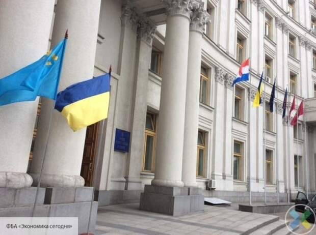МИД Украины прокомментировал выход России из Договора по свободному небу
