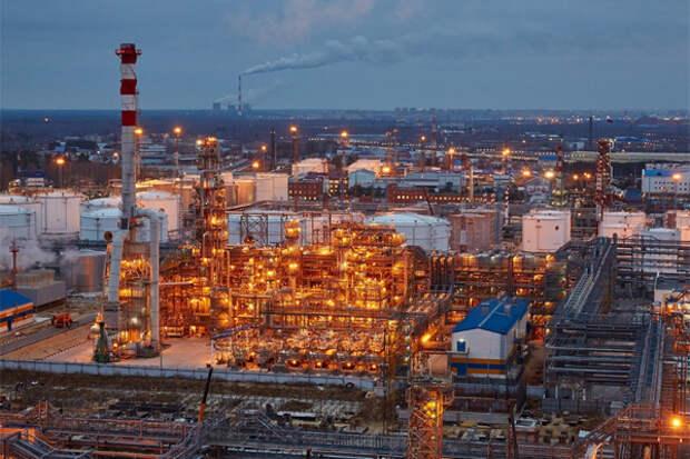 Почему в России рекордно упала нефтепереработка