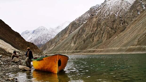 NewPix. ru - Озеро Сатпара в Пакистане