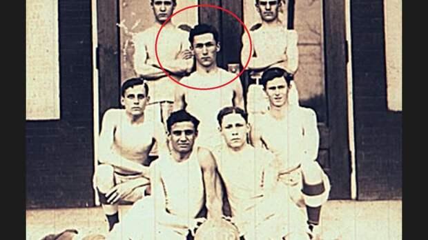Гарри Лепп до войны играл в баскетбол.