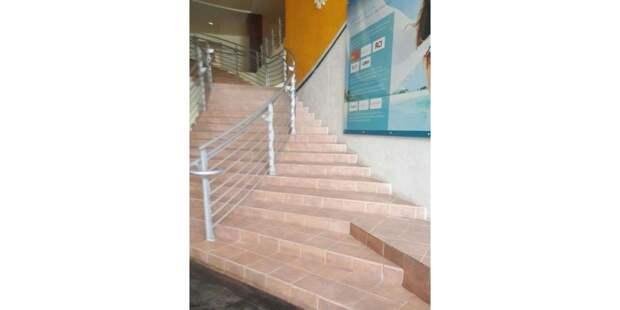 «Ты не пройдёшь!»: 30 ужасных лестниц, которые делали не для людей