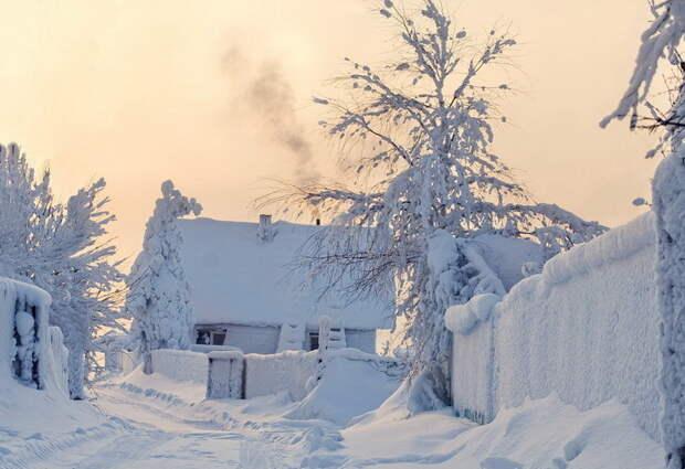 Для скучающих по настоящей зиме, предлагаем вам подборку заснеженных пейзажей с родины. Приятного просмотра!